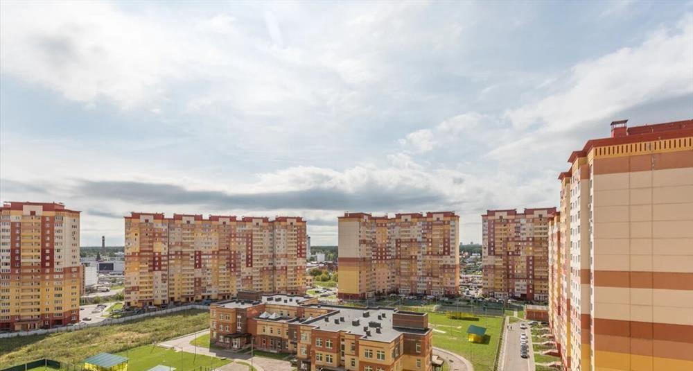 Продажа двухкомнатной квартиры деревня Островцы, Баулинская улица 11, цена 4300000 рублей, 2020 год объявление №430629 на megabaz.ru