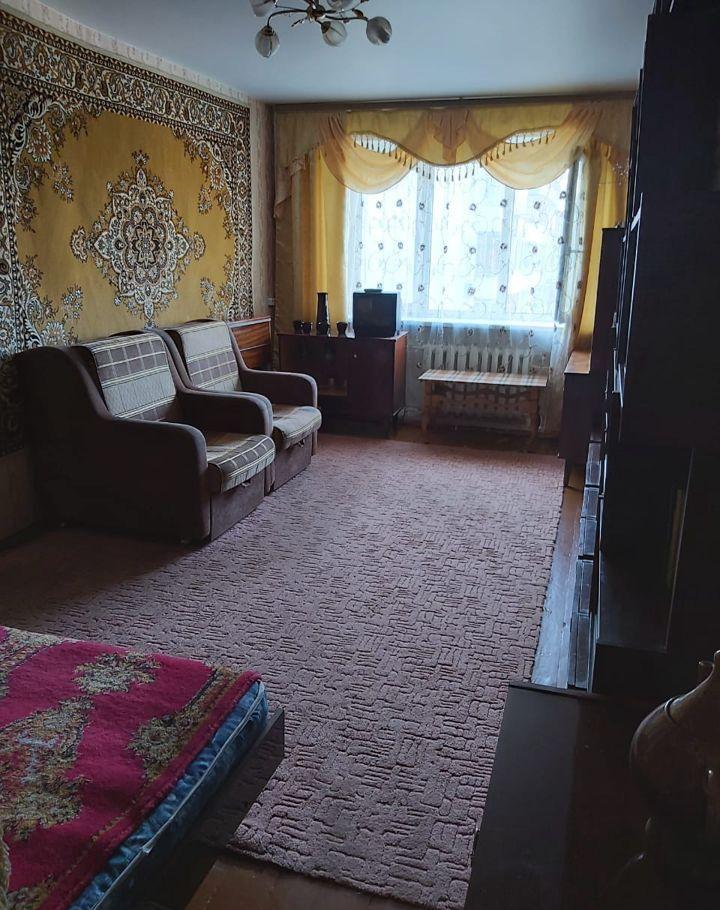Аренда двухкомнатной квартиры рабочий посёлок Калининец, цена 25000 рублей, 2020 год объявление №1111519 на megabaz.ru