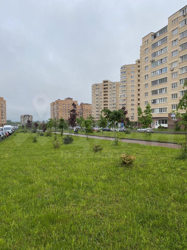 Продажа однокомнатной квартиры село Рождествено, Сиреневый бульвар, цена 3600000 рублей, 2021 год объявление №348924 на megabaz.ru