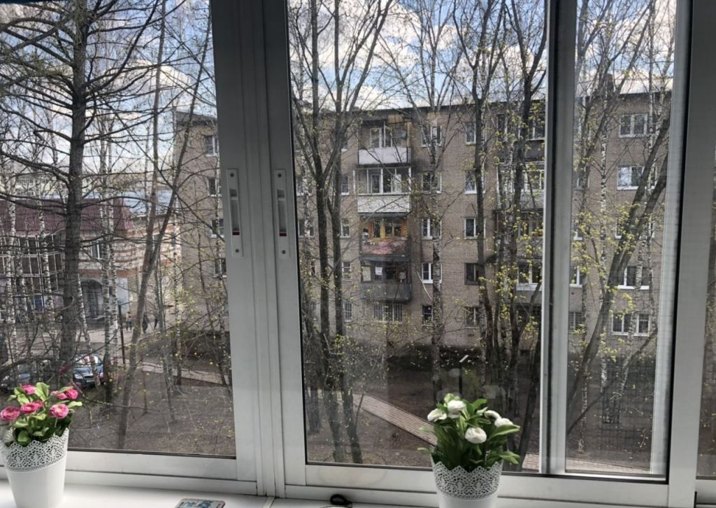 Аренда двухкомнатной квартиры село Павловская Слобода, улица Стадион 5, цена 35000 рублей, 2021 год объявление №998715 на megabaz.ru