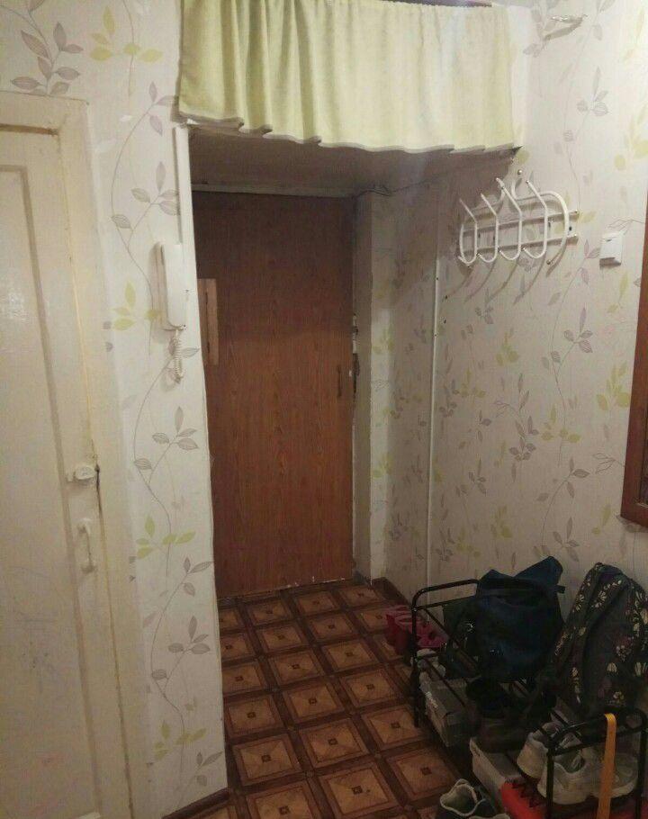 Продажа двухкомнатной квартиры Серпухов, Октябрьская улица 28А, цена 2250000 рублей, 2021 год объявление №356085 на megabaz.ru
