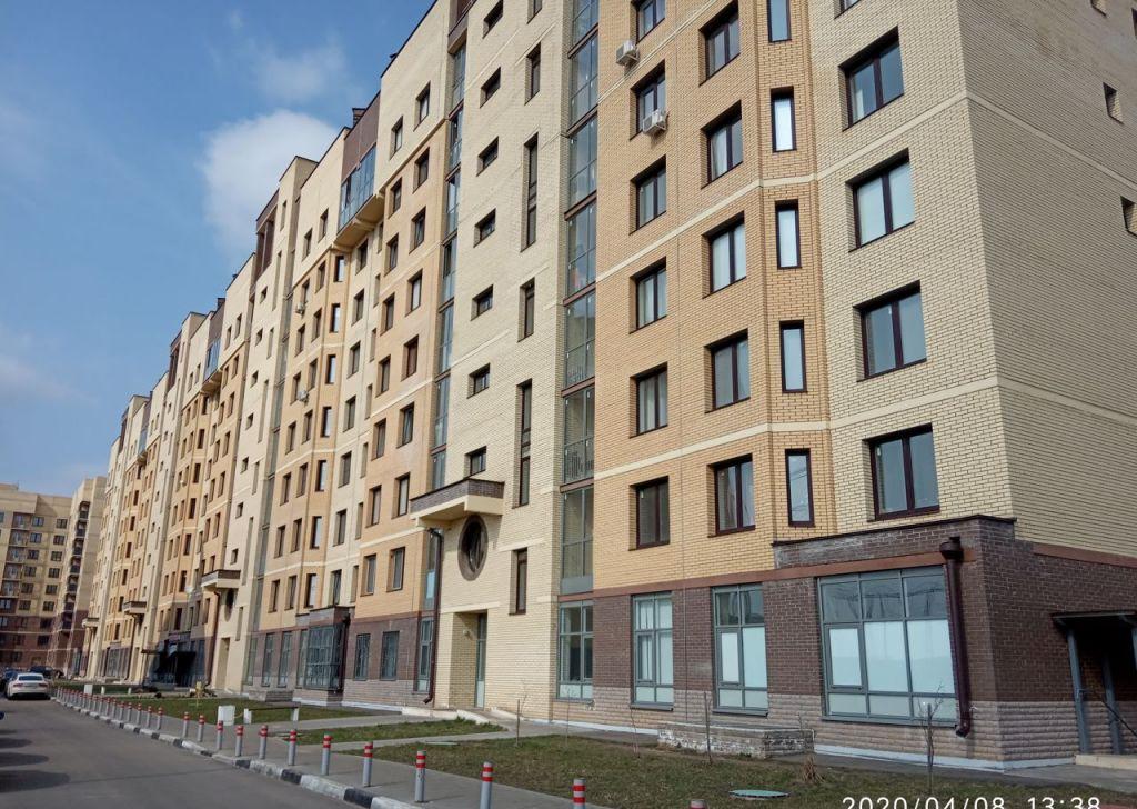 Продажа двухкомнатной квартиры поселок Мебельной фабрики, Рассветная улица 1, цена 5500000 рублей, 2021 год объявление №424009 на megabaz.ru