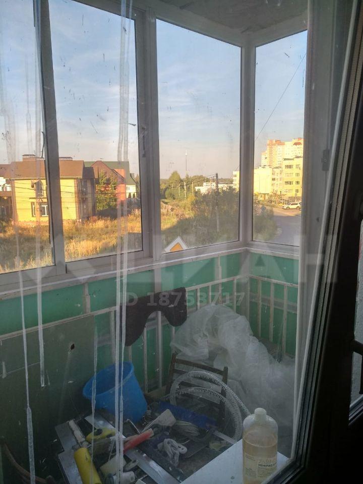 Аренда трёхкомнатной квартиры деревня Чёрная, Широкая улица 17, цена 30000 рублей, 2021 год объявление №1204687 на megabaz.ru