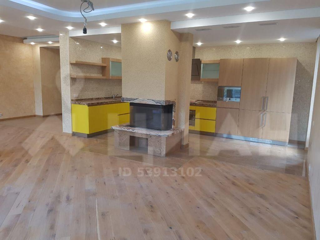 Аренда дома поселок Барвиха, Центральная площадь, цена 200000 рублей, 2020 год объявление №1107535 на megabaz.ru