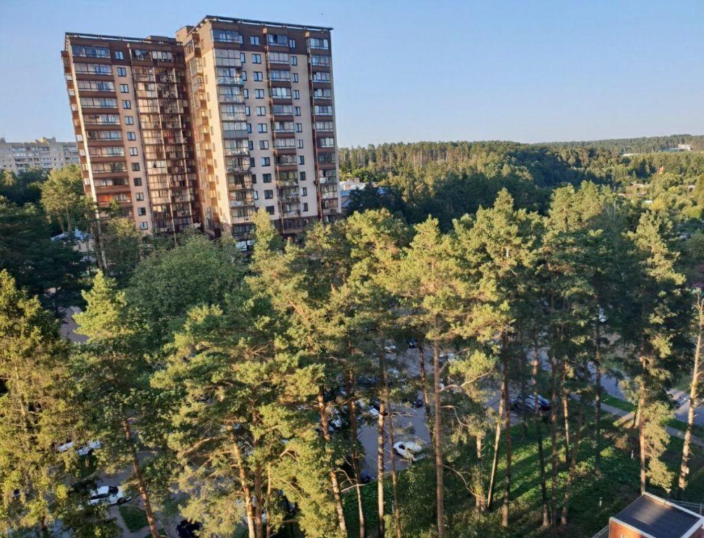 Продажа двухкомнатной квартиры поселок Горки-10, цена 8600000 рублей, 2021 год объявление №481061 на megabaz.ru