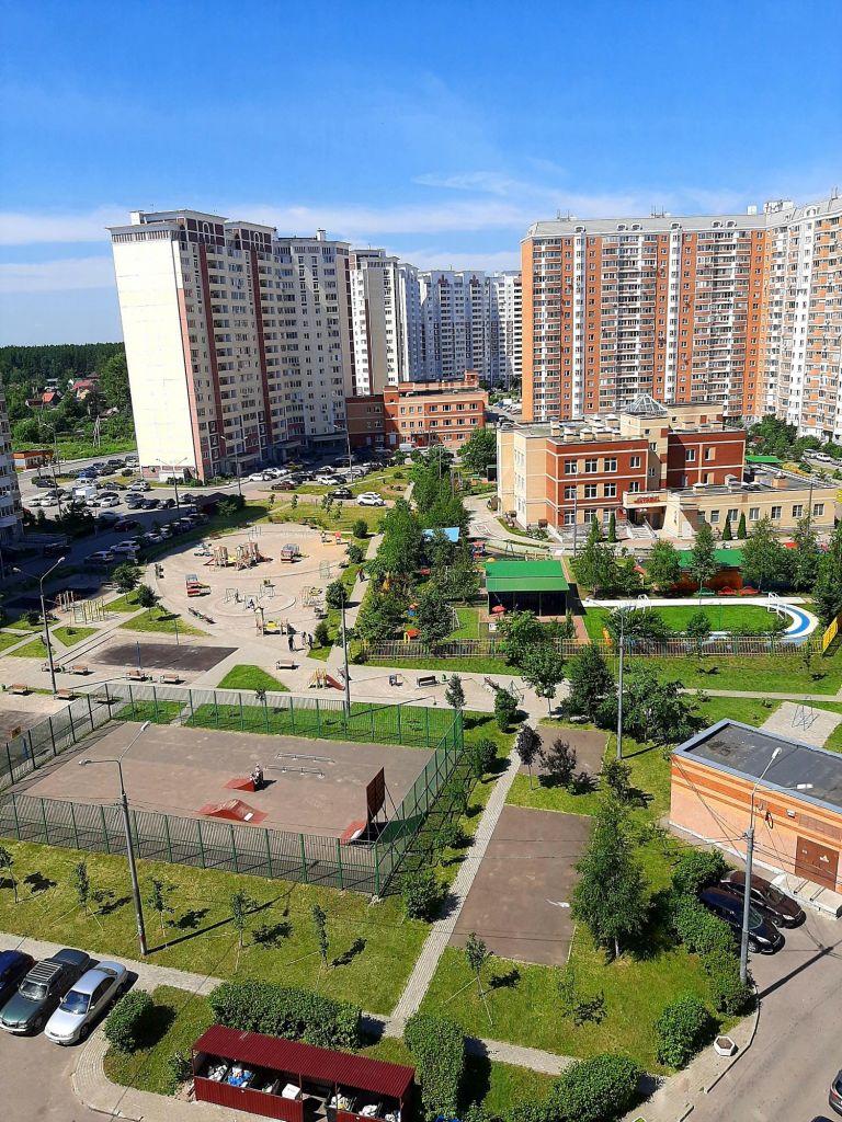 Продажа двухкомнатной квартиры Лобня, Физкультурная улица 6, цена 6000000 рублей, 2020 год объявление №447463 на megabaz.ru
