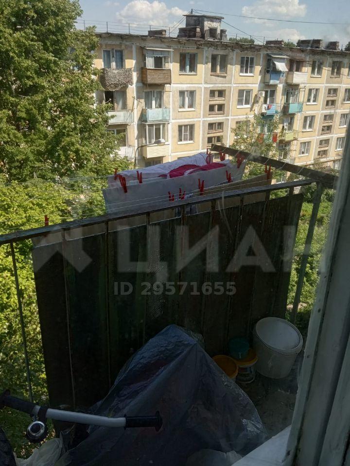 Продажа двухкомнатной квартиры Москва, метро Комсомольская, Спортивная улица, цена 2000000 рублей, 2020 год объявление №436197 на megabaz.ru