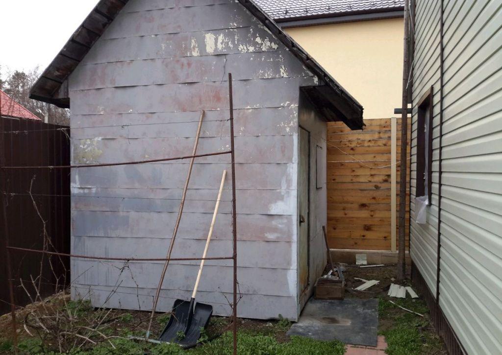 Продажа дома поселок Мещерино, Сентябрьская улица, цена 3000000 рублей, 2020 год объявление №436203 на megabaz.ru
