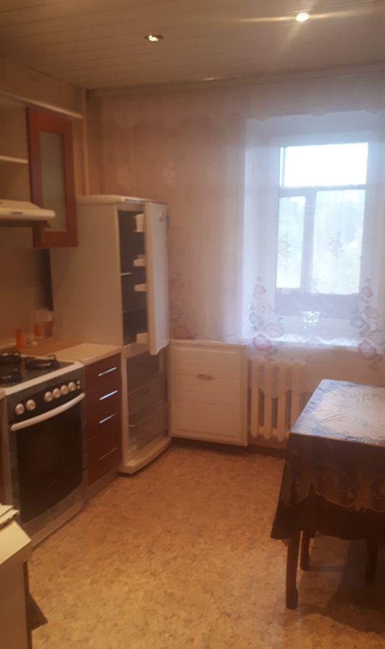 Аренда трёхкомнатной квартиры поселок Большевик, улица Ленина 66, цена 23000 рублей, 2020 год объявление №1192567 на megabaz.ru