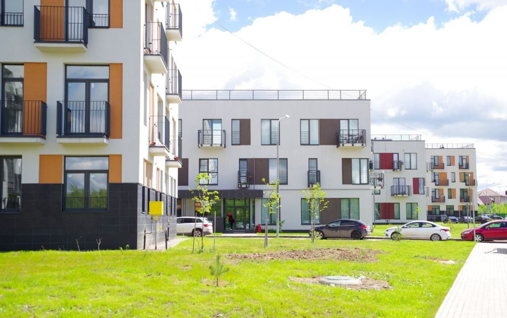 Продажа трёхкомнатной квартиры поселок Мещерино, цена 5750000 рублей, 2021 год объявление №460338 на megabaz.ru