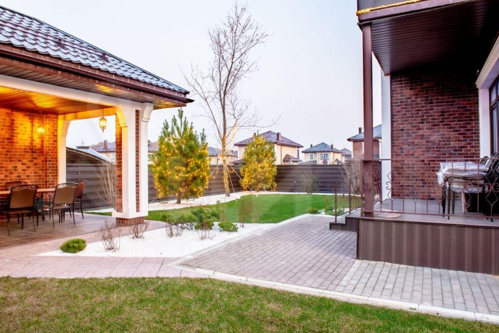 Продажа дома деревня Пятница, цена 34900000 рублей, 2021 год объявление №373085 на megabaz.ru