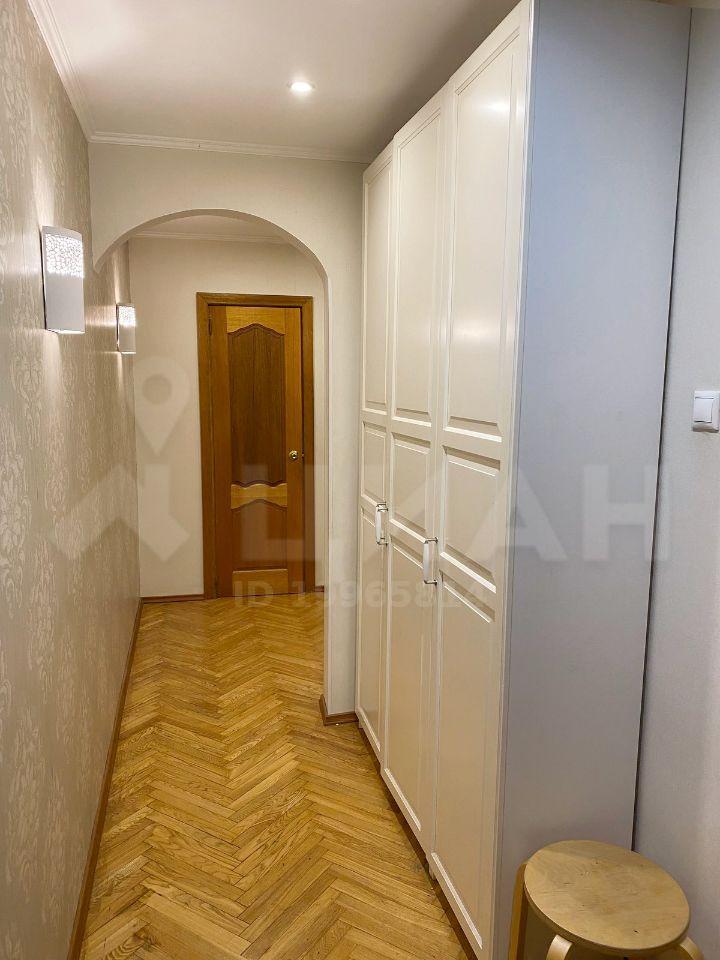 Продажа двухкомнатной квартиры село Юдино, Красная улица 20, цена 5000000 рублей, 2021 год объявление №493492 на megabaz.ru