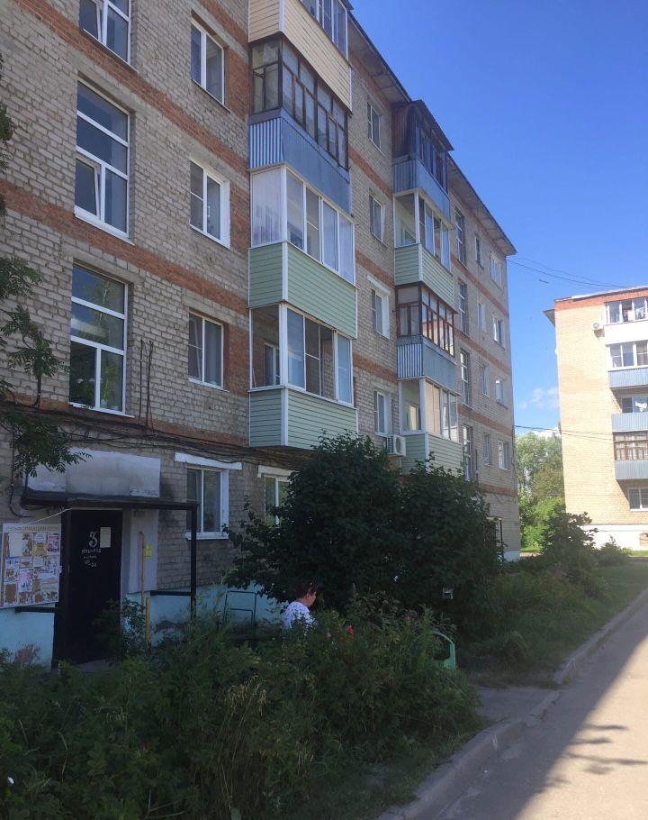 Продажа двухкомнатной квартиры Рошаль, улица Свердлова 21, цена 1450000 рублей, 2020 год объявление №491023 на megabaz.ru