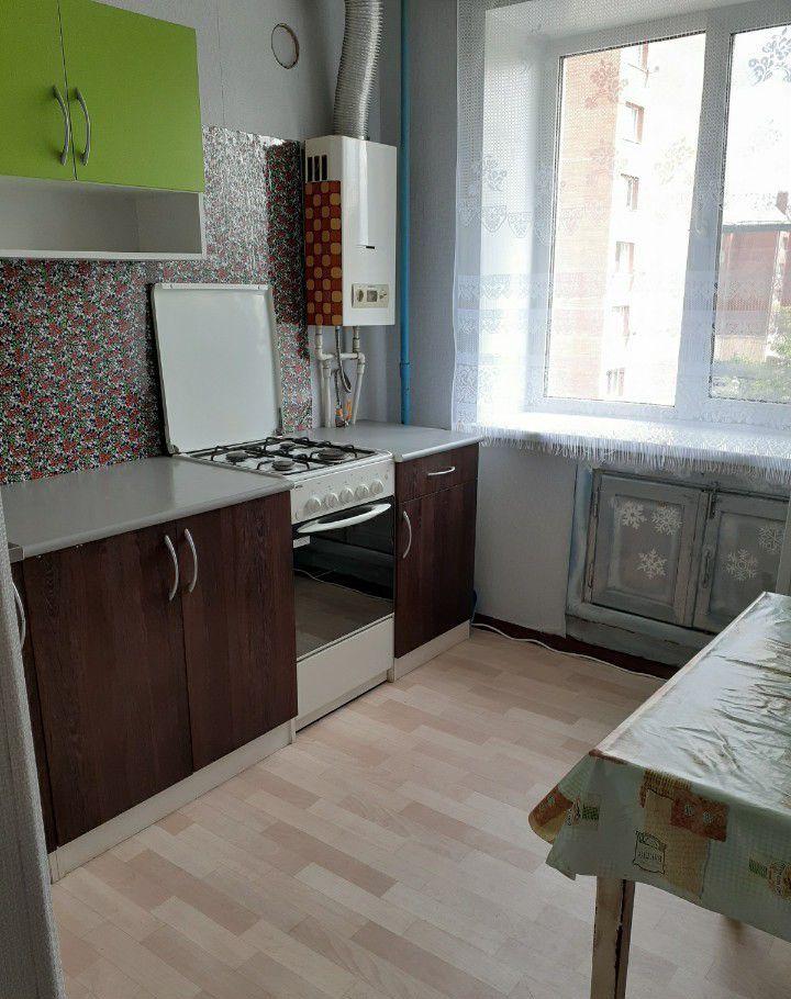 Аренда однокомнатной квартиры Куровское, улица Куйбышева 3, цена 11500 рублей, 2020 год объявление №1111683 на megabaz.ru
