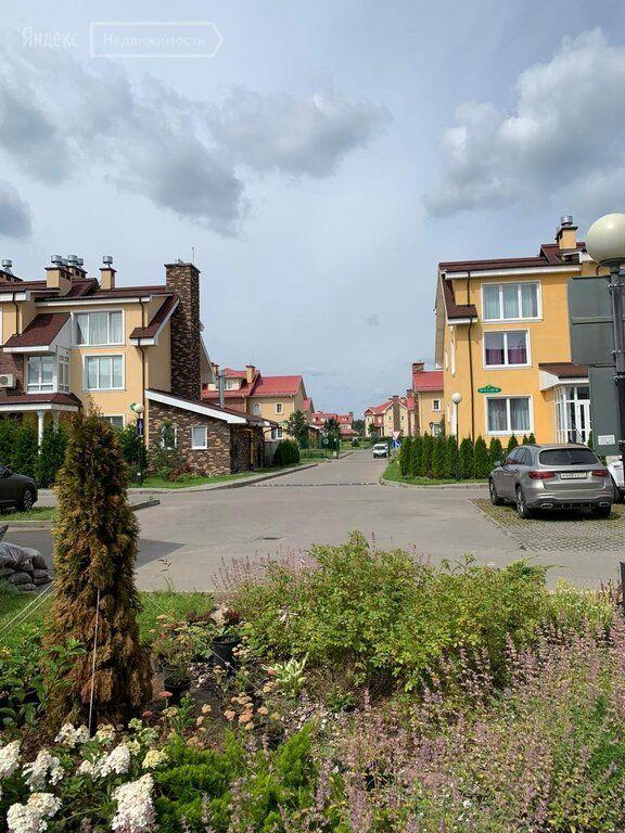 Продажа двухкомнатной квартиры село Ангелово, метро Пятницкое шоссе, цена 15500000 рублей, 2021 год объявление №467142 на megabaz.ru