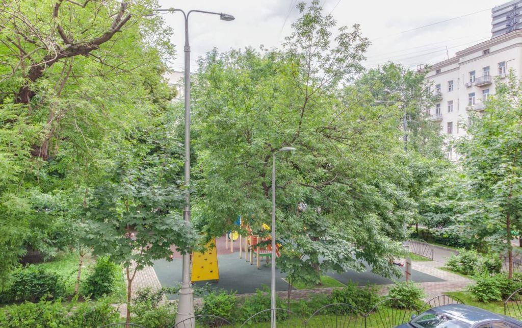 Аренда двухкомнатной квартиры Москва, метро Баррикадная, Новинский бульвар 18с1, цена 75000 рублей, 2021 год объявление №1150465 на megabaz.ru