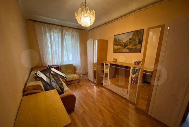 Продажа трёхкомнатной квартиры поселок Новый Городок, цена 3600000 рублей, 2021 год объявление №595183 на megabaz.ru