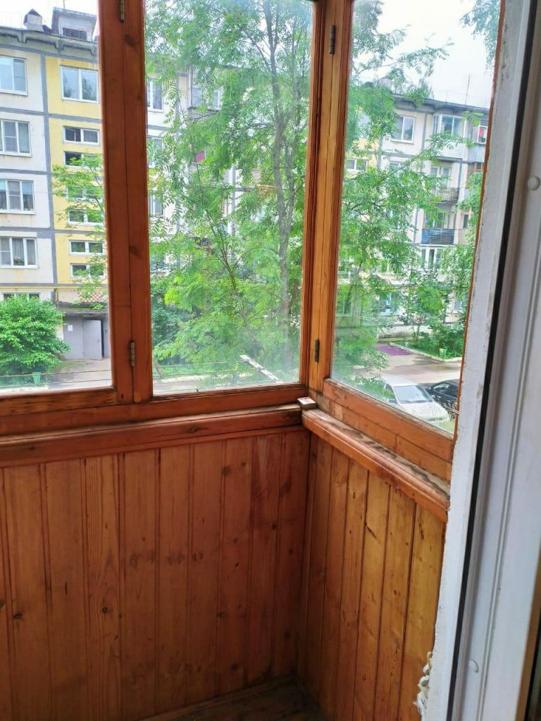 Продажа двухкомнатной квартиры поселок Нарынка, улица Королёва 7, цена 1350000 рублей, 2021 год объявление №508008 на megabaz.ru