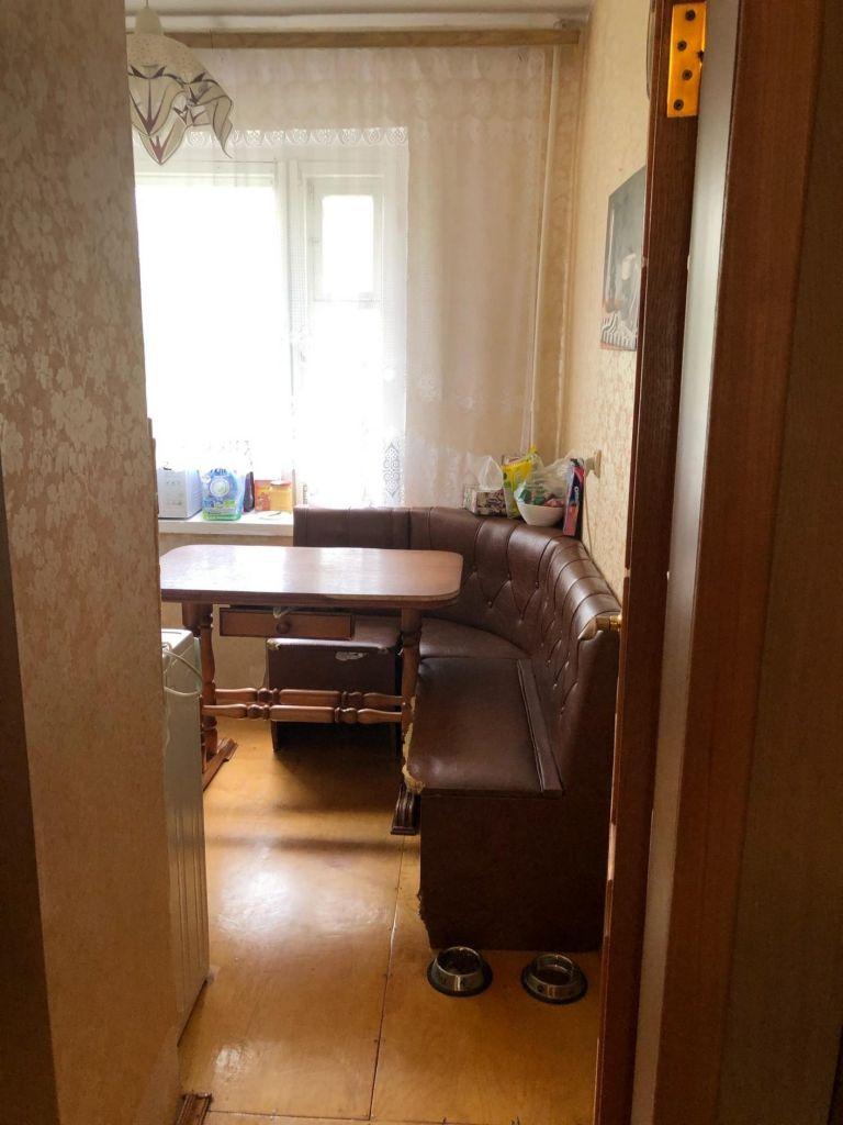 Аренда трёхкомнатной квартиры поселок Большевик, улица Ленина 48, цена 20000 рублей, 2020 год объявление №1126736 на megabaz.ru