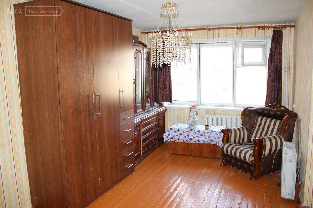 Продажа однокомнатной квартиры Рошаль, улица Свердлова 22, цена 850000 рублей, 2020 год объявление №440387 на megabaz.ru