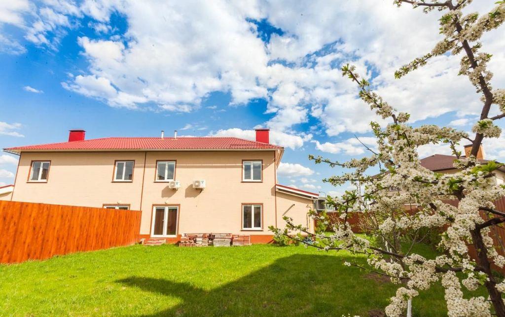 Продажа дома деревня Заболотье, Виноградная улица 10, цена 9880000 рублей, 2020 год объявление №375211 на megabaz.ru
