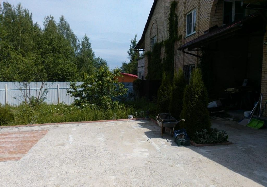 Аренда дома деревня Рузино, цена 5000 рублей, 2020 год объявление №1122008 на megabaz.ru