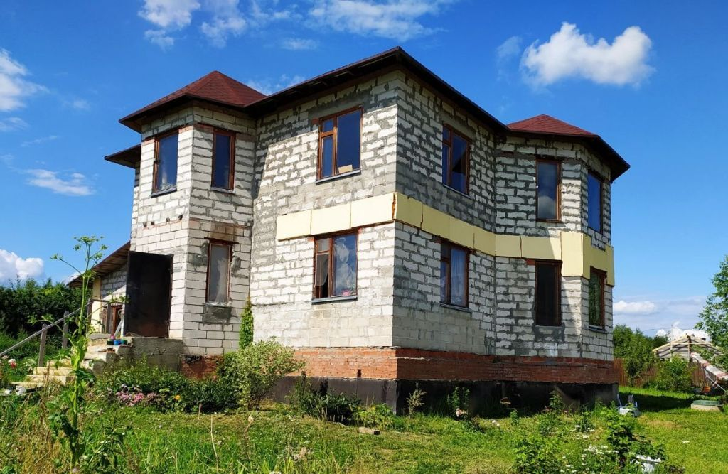 Продажа дома деревня Поповка, Карьерная улица, цена 9500000 рублей, 2020 год объявление №492514 на megabaz.ru
