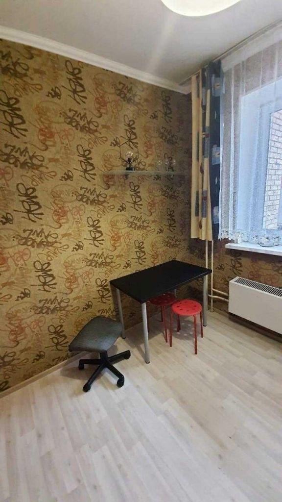 Аренда однокомнатной квартиры поселок Аничково, цена 13000 рублей, 2021 год объявление №1077780 на megabaz.ru
