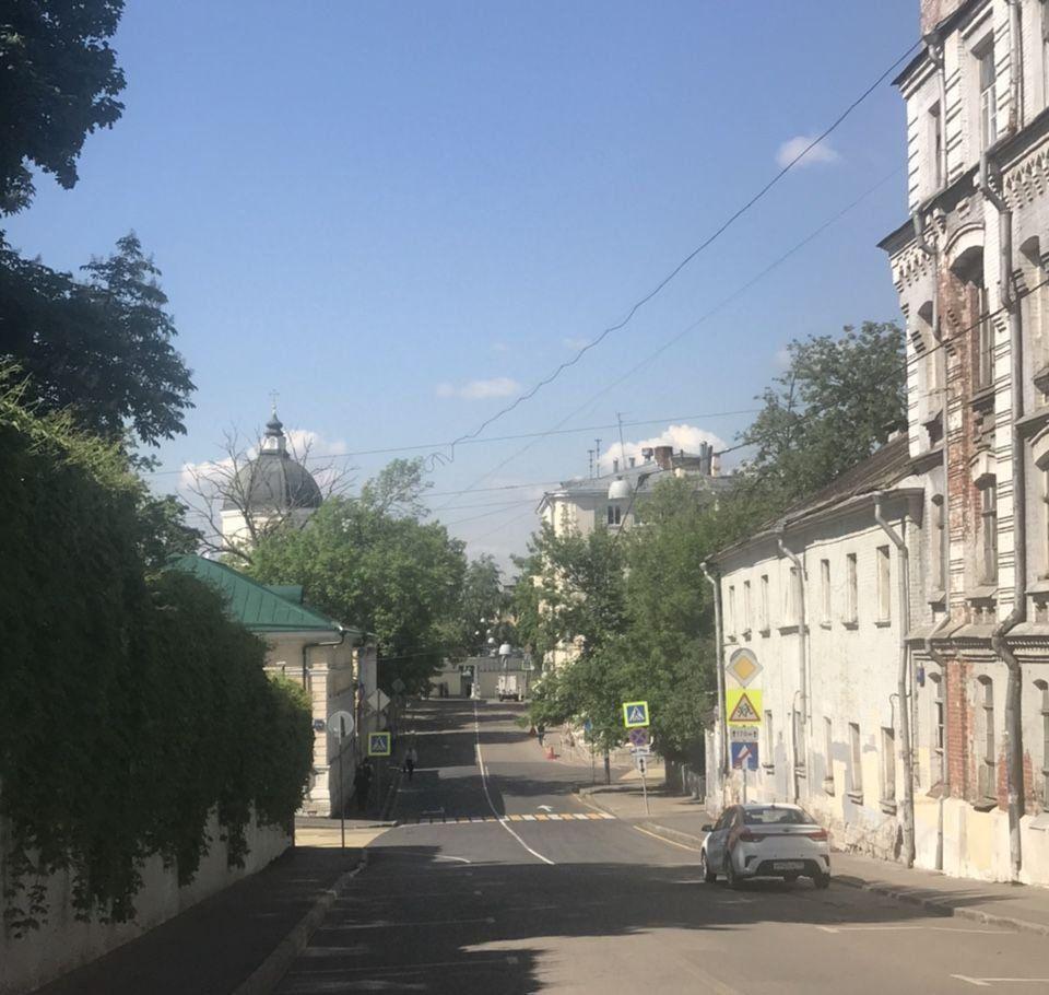 Аренда двухкомнатной квартиры Москва, метро Китай-город, Хохловский переулок 10с7, цена 40000 рублей, 2020 год объявление №1116984 на megabaz.ru