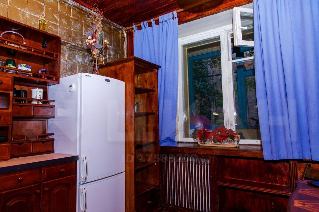 Продажа однокомнатной квартиры Москва, метро Кропоткинская, Гагаринский переулок 27, цена 14300000 рублей, 2020 год объявление №428588 на megabaz.ru