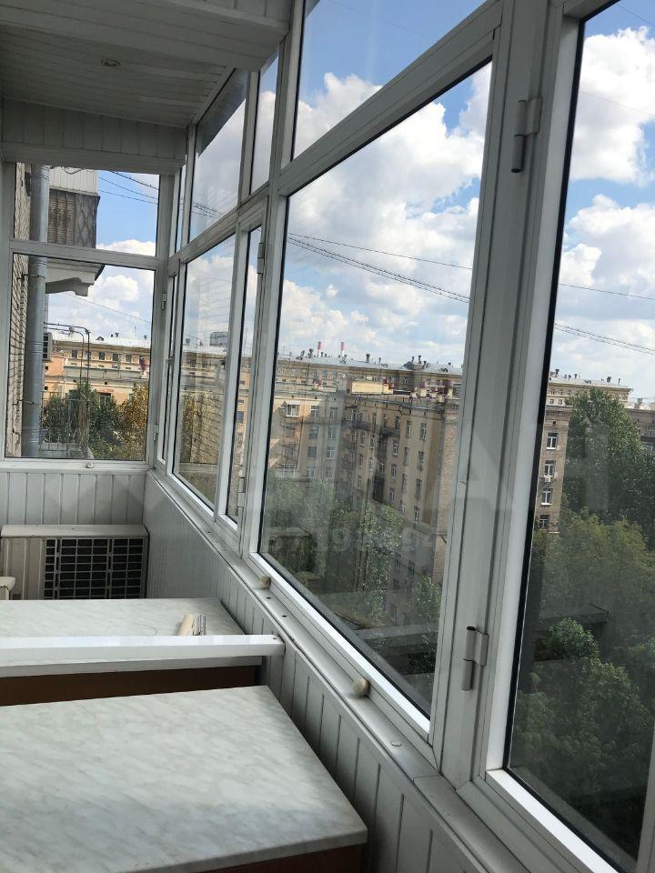 Аренда трёхкомнатной квартиры Москва, метро Парк Победы, площадь Победы 1кА, цена 95000 рублей, 2021 год объявление №1183787 на megabaz.ru