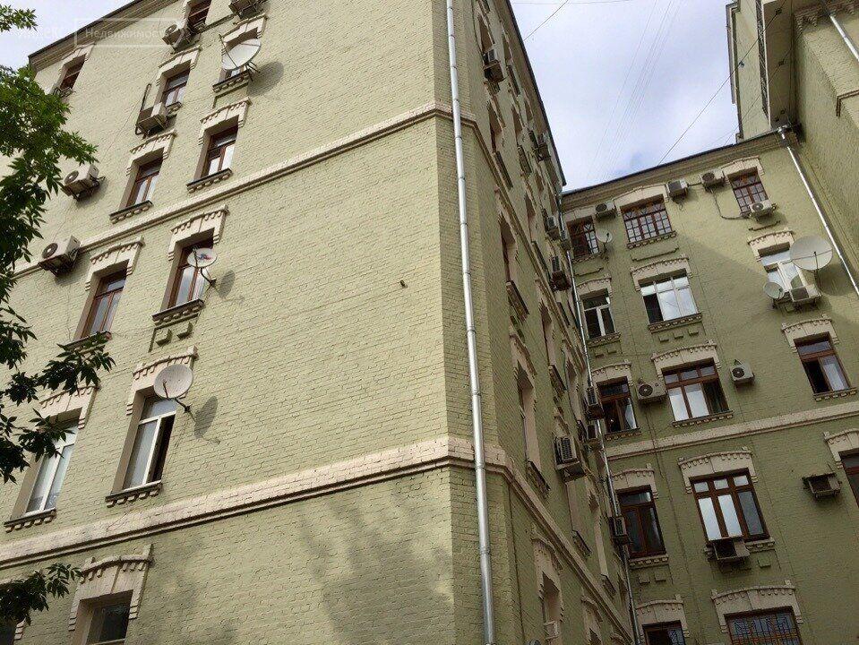 Продажа пятикомнатной квартиры Москва, метро Арбатская, улица Знаменка 13с1, цена 51000000 рублей, 2021 год объявление №601694 на megabaz.ru