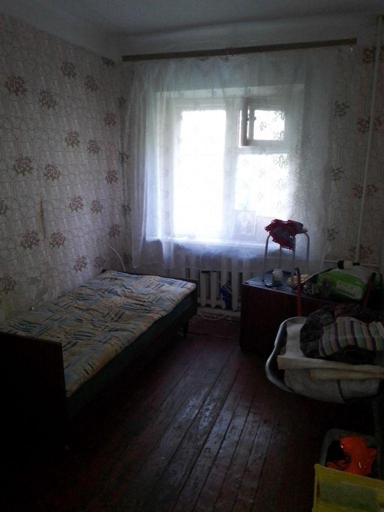 Продажа трёхкомнатной квартиры поселок Кировский, Тепличная улица 2, цена 2000000 рублей, 2020 год объявление №464197 на megabaz.ru