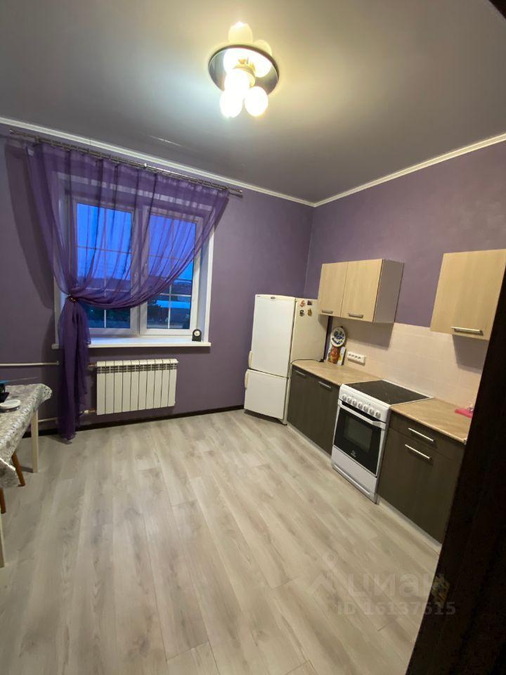 Аренда однокомнатной квартиры село Софьино, цена 20000 рублей, 2021 год объявление №1384198 на megabaz.ru
