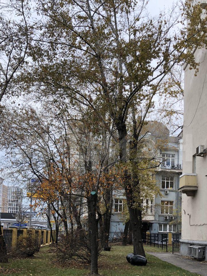 Продажа трёхкомнатной квартиры Москва, метро Белорусская, Ленинградский проспект 28, цена 19500000 рублей, 2020 год объявление №392752 на megabaz.ru