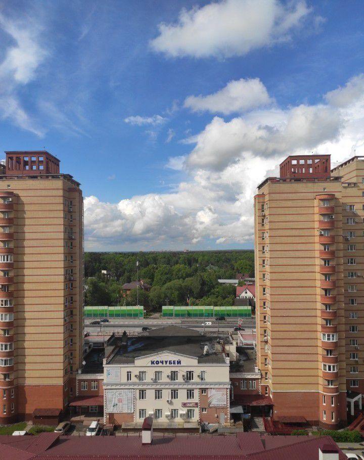 Продажа трёхкомнатной квартиры поселок ВНИИССОК, улица Михаила Кутузова 9, цена 9050000 рублей, 2020 год объявление №444277 на megabaz.ru