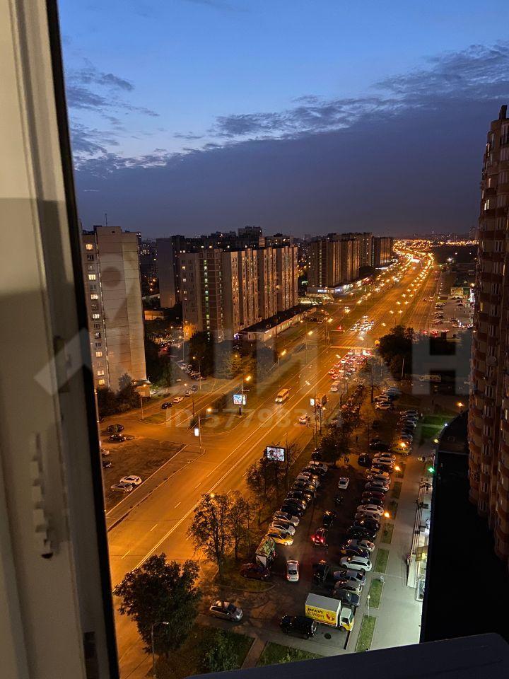 Продажа двухкомнатной квартиры Люберцы, метро Лермонтовский проспект, Октябрьский проспект 5к1, цена 8000000 рублей, 2021 год объявление №494294 на megabaz.ru