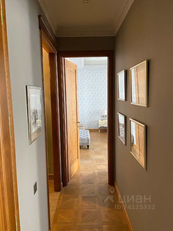 Продажа четырёхкомнатной квартиры Москва, метро Кропоткинская, Нащокинский переулок 7, цена 242543070 рублей, 2021 год объявление №630787 на megabaz.ru