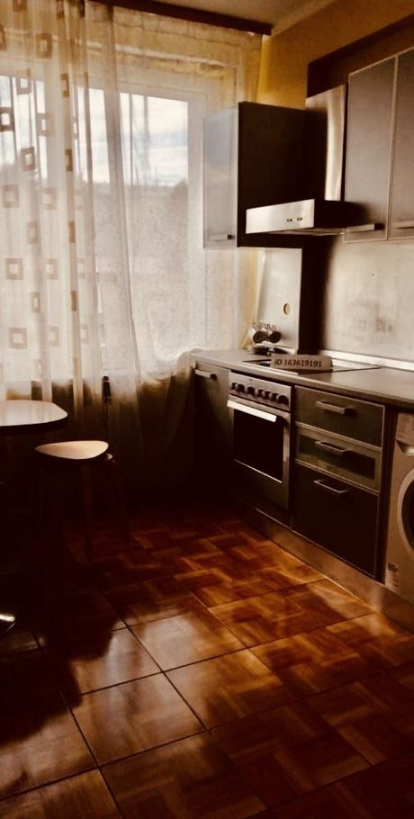 Аренда однокомнатной квартиры Москва, метро Смоленская, улица Новый Арбат 26, цена 2200 рублей, 2020 год объявление №1125680 на megabaz.ru