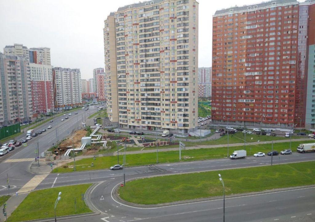 Продажа трёхкомнатной квартиры Москва, улица Вертолётчиков 2, цена 10700000 рублей, 2020 год объявление №452244 на megabaz.ru
