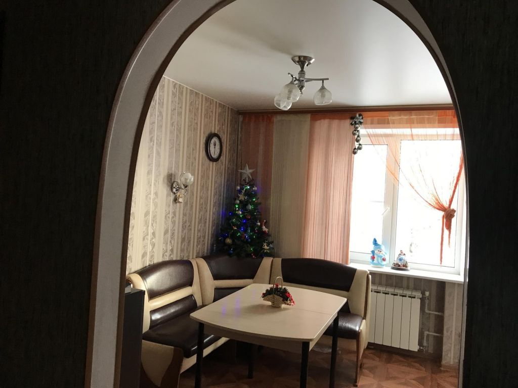 Продажа четырёхкомнатной квартиры поселок Новосиньково, цена 3600000 рублей, 2020 год объявление №492570 на megabaz.ru