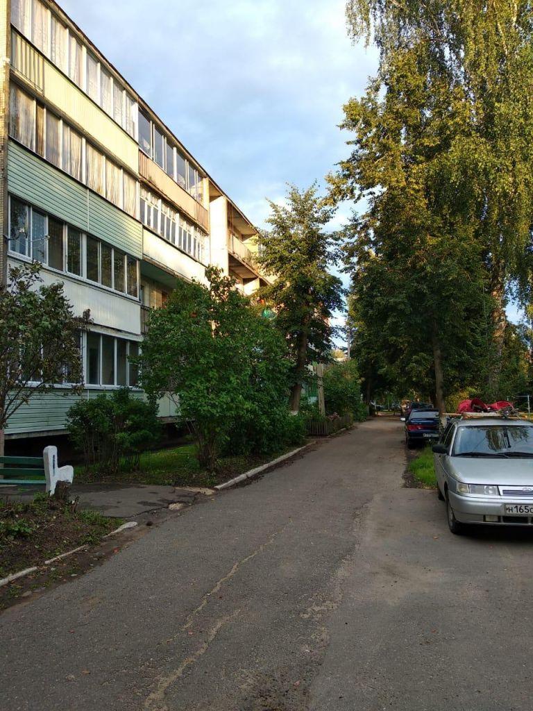 Продажа однокомнатной квартиры поселок Кировский, цена 1500000 рублей, 2020 год объявление №447600 на megabaz.ru