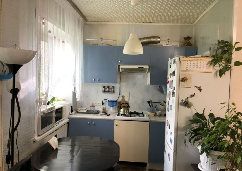 Продажа двухкомнатной квартиры Серпухов, Северная площадь 7, цена 2250000 рублей, 2020 год объявление №448754 на megabaz.ru