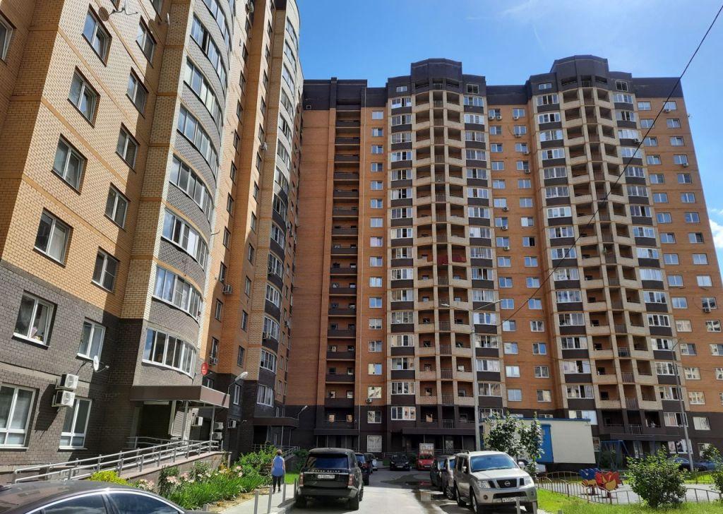 Продажа трёхкомнатной квартиры поселок Мебельной фабрики, Заречная улица 5, цена 6800000 рублей, 2020 год объявление №476874 на megabaz.ru