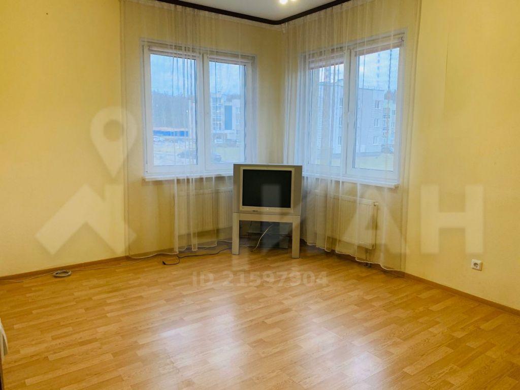 Продажа двухкомнатной квартиры деревня Чёрная, Солнечная улица, цена 5200000 рублей, 2021 год объявление №354850 на megabaz.ru