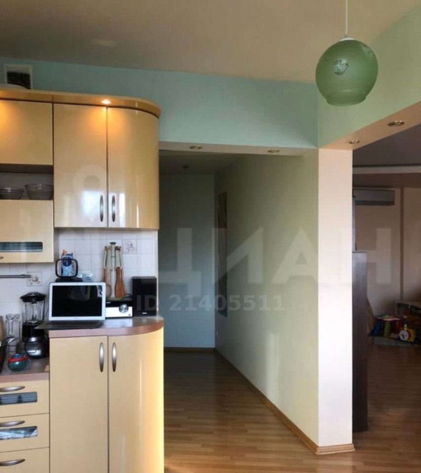 Аренда трёхкомнатной квартиры Мытищи, метро Тверская, улица Комарова 6, цена 50000 рублей, 2021 год объявление №1040697 на megabaz.ru