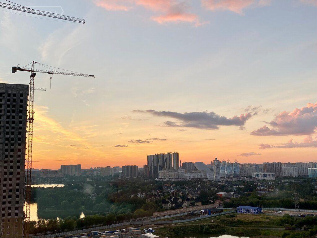 Аренда однокомнатной квартиры деревня Раздоры, метро Строгино, цена 28000 рублей, 2021 год объявление №1259378 на megabaz.ru