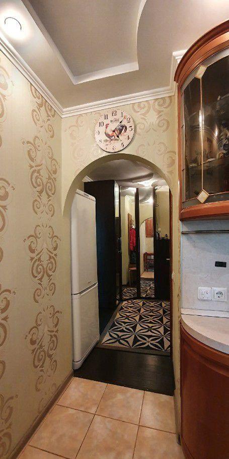 Продажа двухкомнатной квартиры Серпухов, Октябрьская улица 28А, цена 3100000 рублей, 2021 год объявление №397243 на megabaz.ru