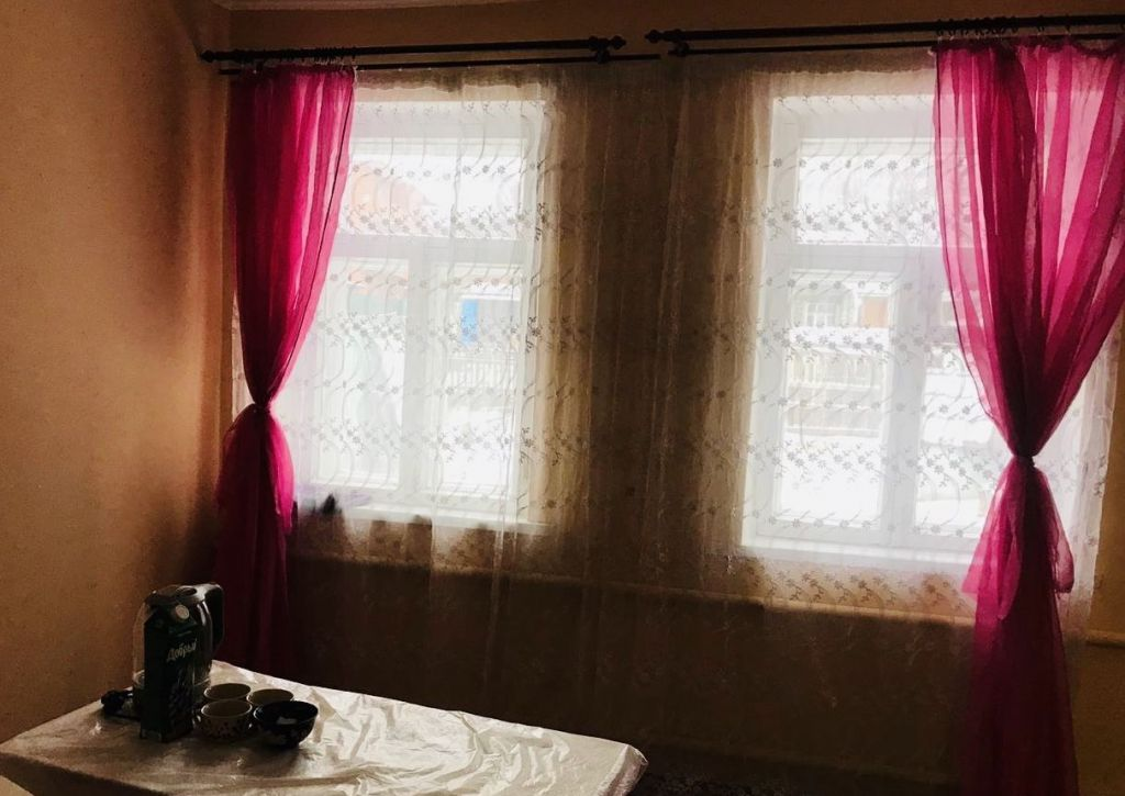 Продажа комнаты рабочий поселок Новоивановское, Овражная улица, цена 13000 рублей, 2021 год объявление №472516 на megabaz.ru