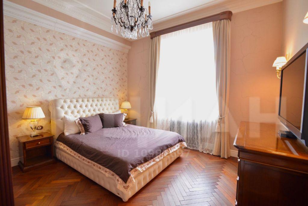 Продажа трёхкомнатной квартиры Москва, метро Баррикадная, Кудринская площадь 1, цена 55000000 рублей, 2021 год объявление №358216 на megabaz.ru